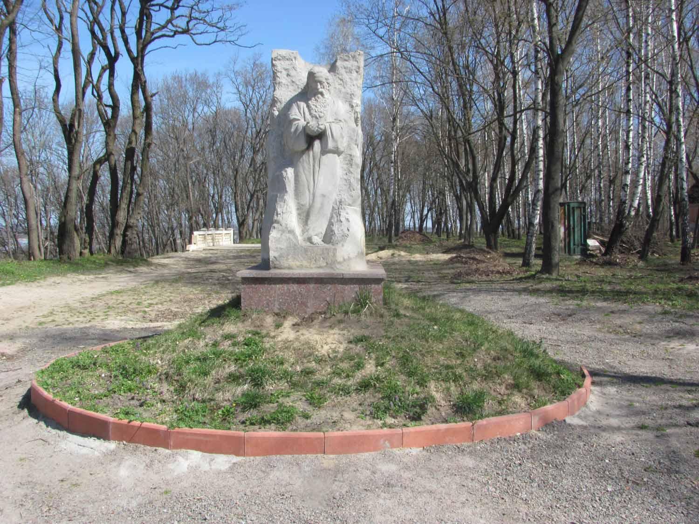 Пам'ятник преподобному Антонію Печерському